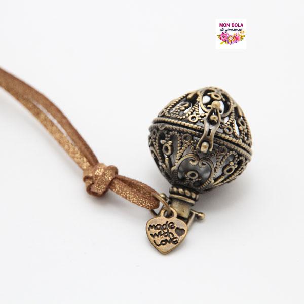 bola bronze avec breloque