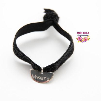 bracelet de grossesse avec médaille