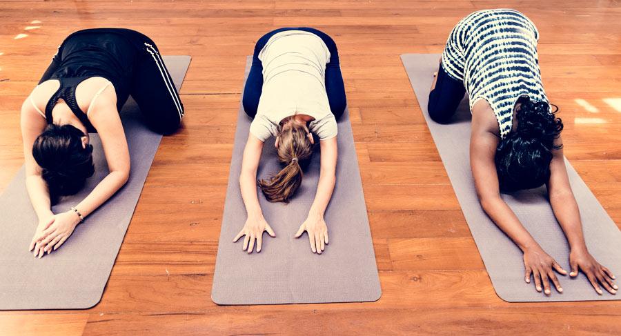 qu'apporte le yoga pendant la grossesse